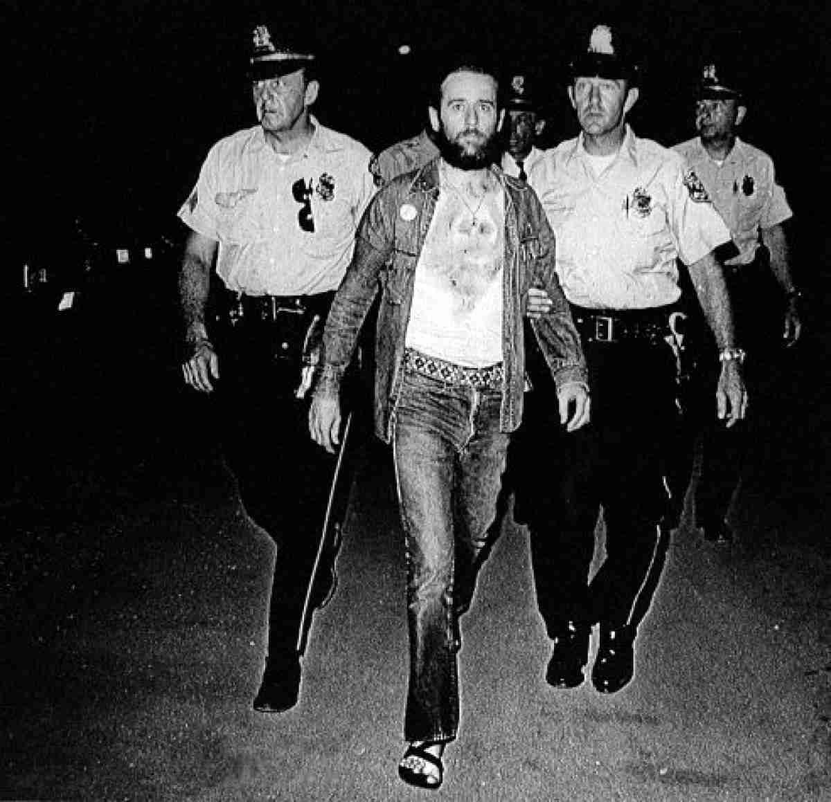 George Carlin Being arrested